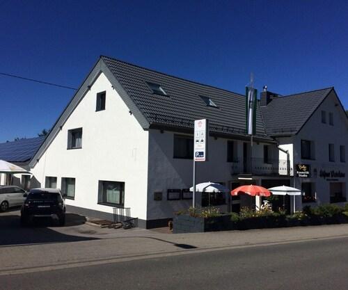 . Höfener Wirtshaus