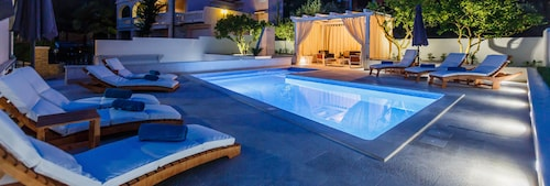 Luxury  Apartments Giovanni with  pool, Trogir