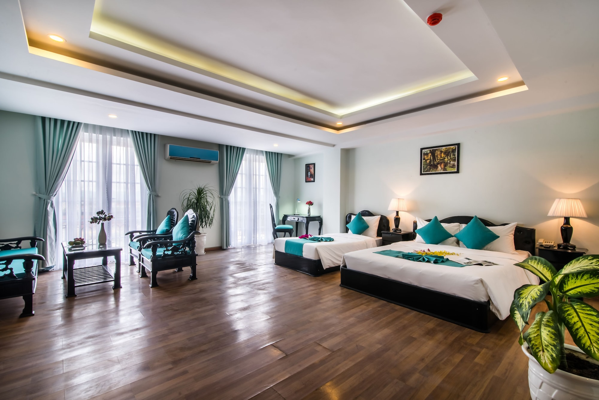 The Sunriver Boutique Hotel, Huế