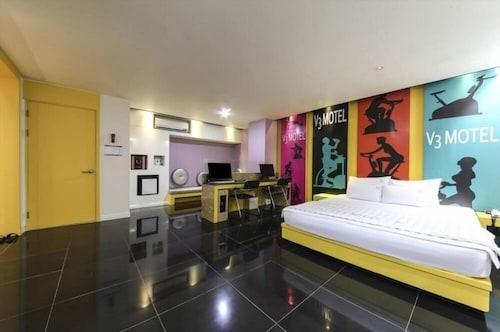 V3 Motel, Gimhae
