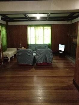BAGUIO HOMESTAY Living Room