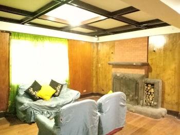 BAGUIO HOMESTAY Living Area