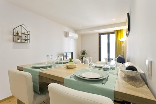 . Apartment With one Bedroom in Porto, With Wifi - 7 km From the Beach