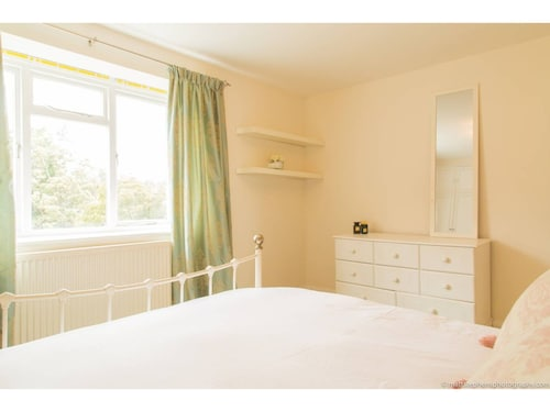 Newly Renovated Hove Apartment, Brighton and Hove