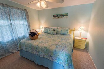 Sailfish Beach Resort Unit 4 Apartment 1