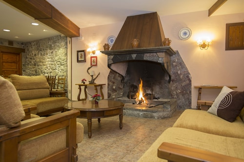 __{offers.Best_flights}__ Hotel Tres Picos