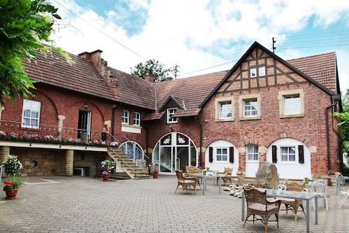 . Landhotel Sonnenhof