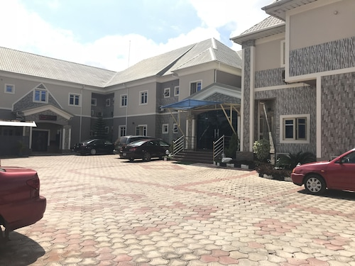 PennyHill Suites and Resorts, Enugu North