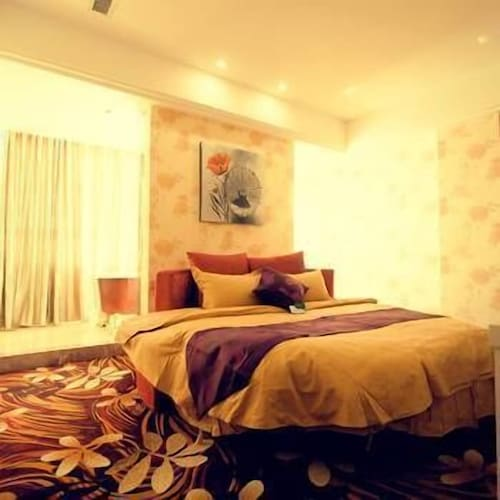 UP Boutique Hotel, Bayin'gholin Mongol