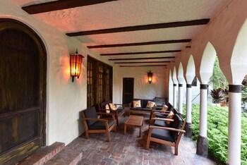 Historic Gated 6BD/4.5BA Villa W/Pool In Coconut Grove - Sleeps 12 - R