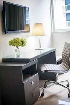 Brickell Enclave Apartment - 2BD/2BA Condo - Sleeps 5 - RBE201 Apartme