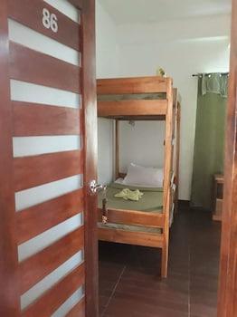 QUEEN ELENA HOTEL - HOSTEL Room