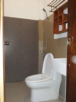 QUEEN ELENA HOTEL - HOSTEL Bathroom