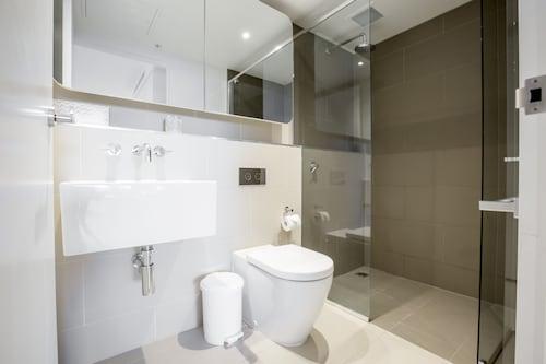 Swanston St. Hotel Apartment, Port Phillip - West