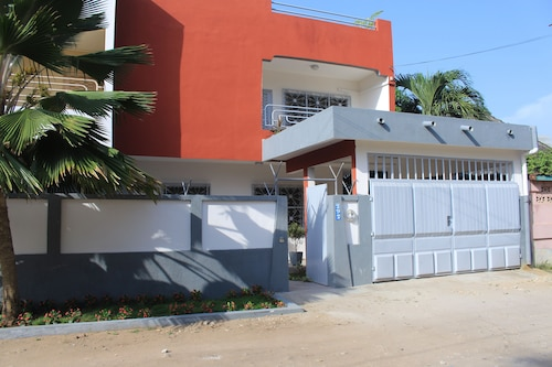 Residence Hibiscus, Cotonou