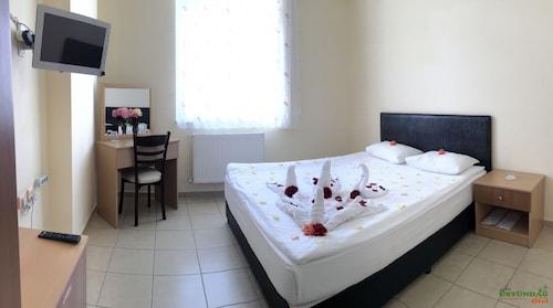 Ustundag Otel, Keçiborlu