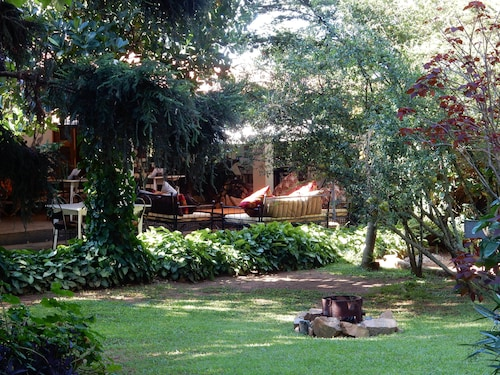 Gately Inn, Entebbe
