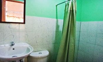 EASTPOINT HOTEL BY THE SEA Bathroom
