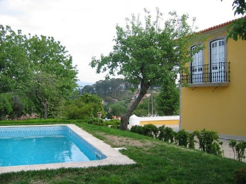 Apartment With one Bedroom in Valpedre, With Pool Access, Balcony and, Penafiel
