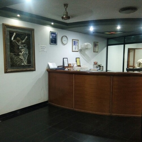 Hiriz Hotel Dollar, Kachchh