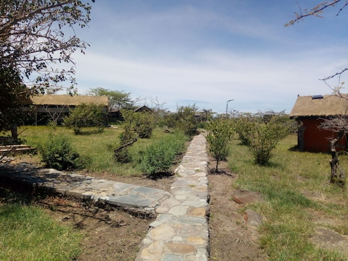 Nyumbu Camp, Narok West