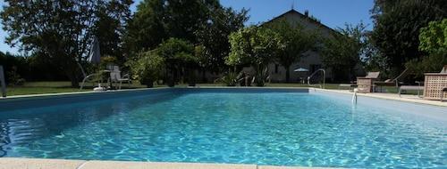 . The Retreat at Le Grand Bois