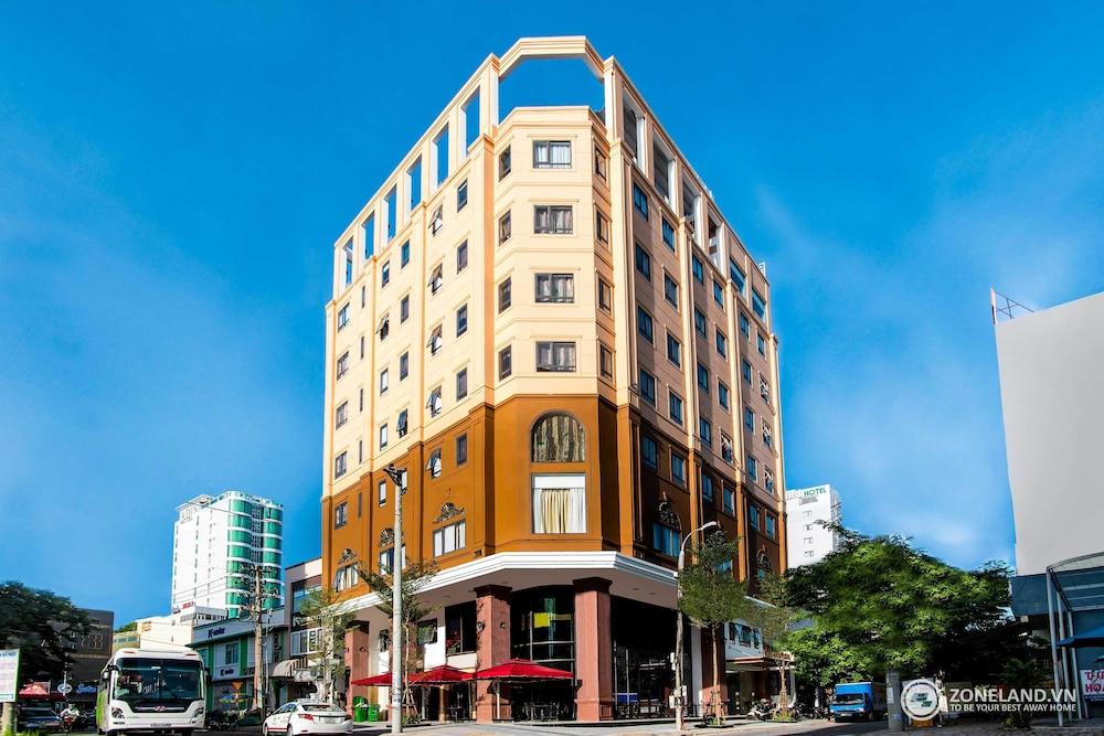 Zoneland Premium - Ngoc Lan Hotel