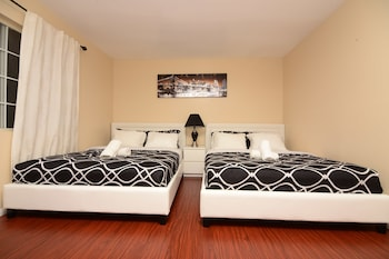 Hollywood Luxury Double bedrooms photo