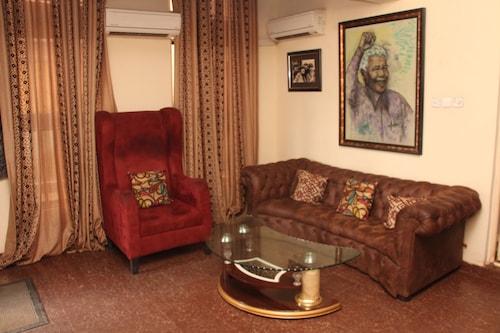 Sapphire Guest House, Bwari