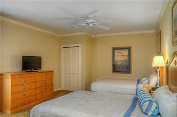 Guestroom at Royale Palms 607 in Myrtle Beach