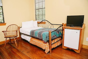 Signature Cottage, Multiple Beds, Non Smoking