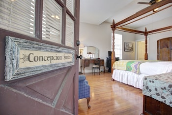 Superior Cottage, 1 King Bed, Non Smoking