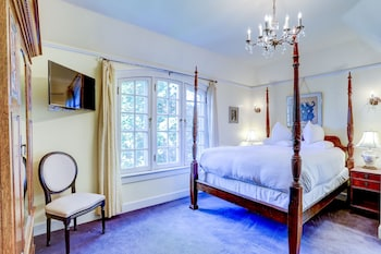 Carolina Room - C2