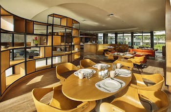 QUEST HOTEL TAGAYTAY Restaurant