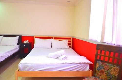 The Dream Hotel, Hulu Langat