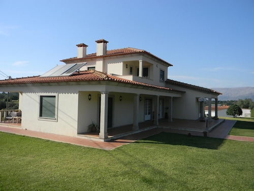 Villa With 4 Bedrooms in Geraz do Lima , With Wonderful Mountain View,, Viana do Castelo
