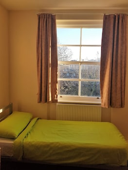 1 Bed in Male Twin Standard Room