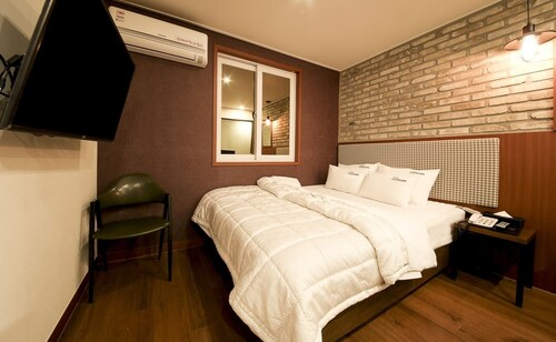 Hotel Soulmate, Masan