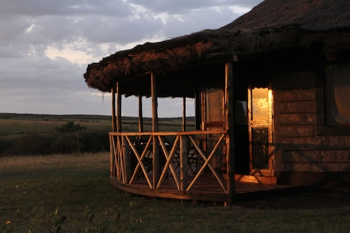 Il Muran Lentim Eco-Camp, Narok West