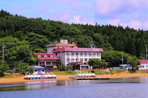. Lake Side Hotel MINATOYA