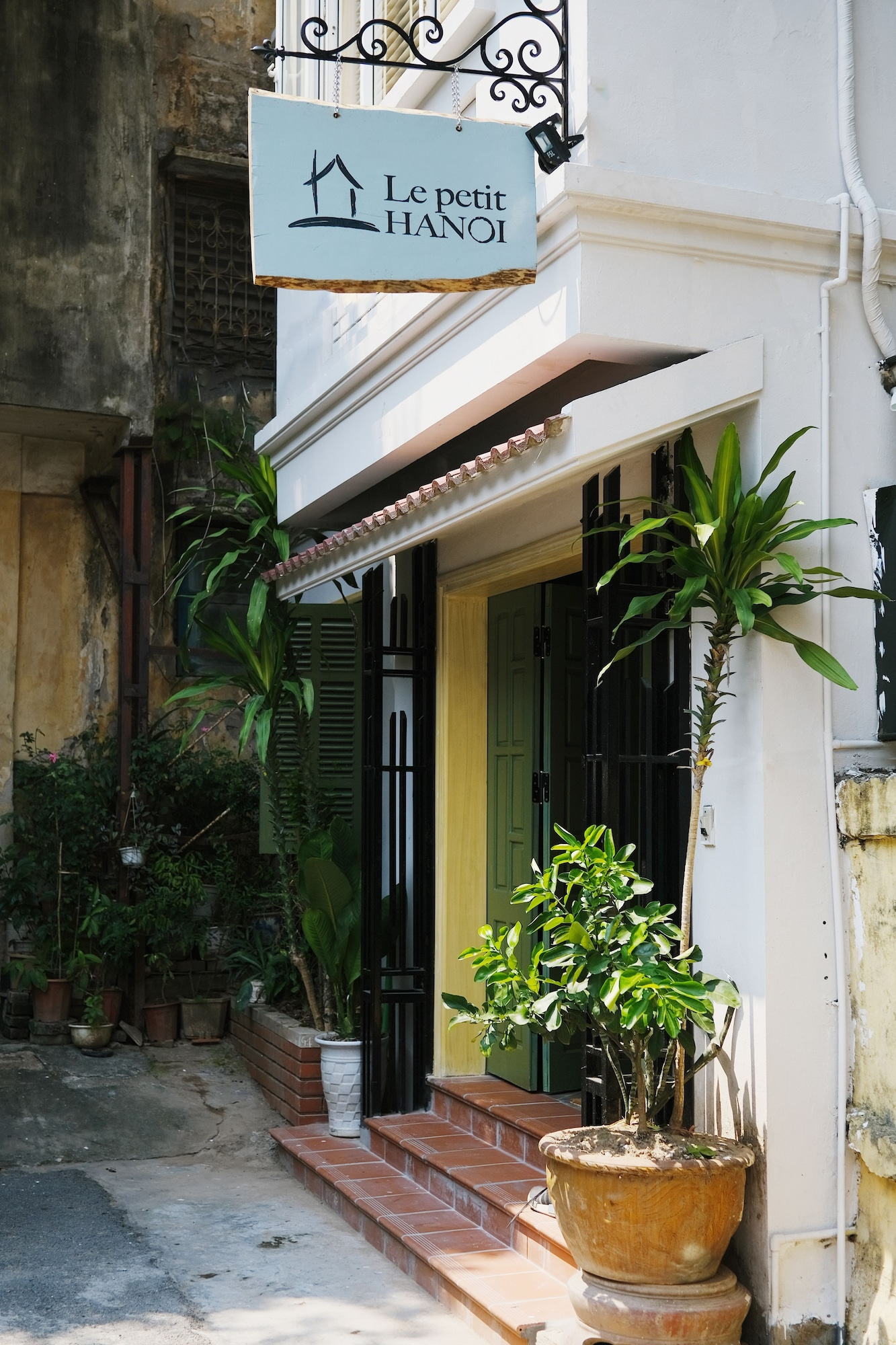 Le Petit Hanoi, Hai Bà Trưng