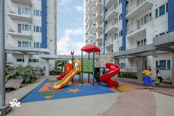 ZEN ROOMS LIGHT RESIDENCES EDSA Childrens Play Area - Outdoor