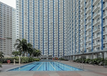ZEN ROOMS LIGHT RESIDENCES EDSA Featured Image