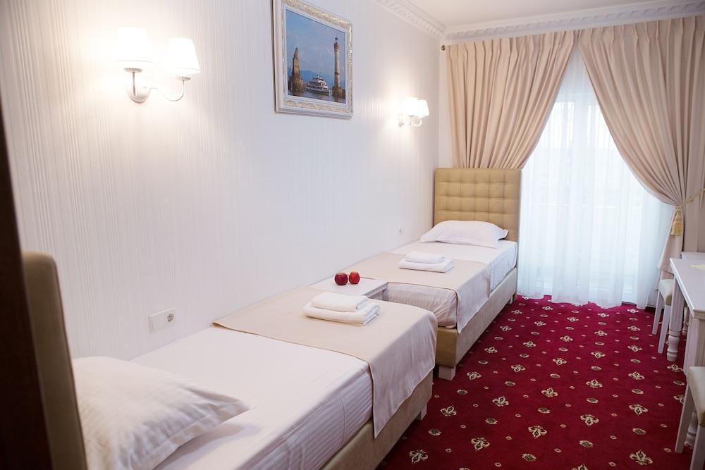 Отель «Бавария»