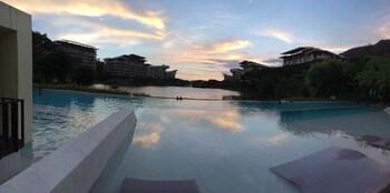 HAMILO COAST PICO CONDOTEL Outdoor Pool