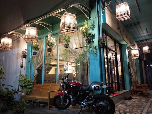 Ruan Ben Ja Hostel, Don Muang
