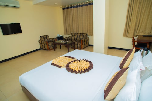 Hotel Simran, Raipur