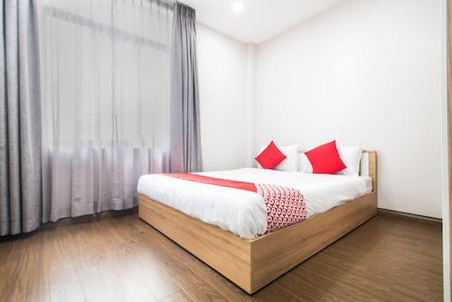 OYO 103 Airport Family Apartment, Tân Bình