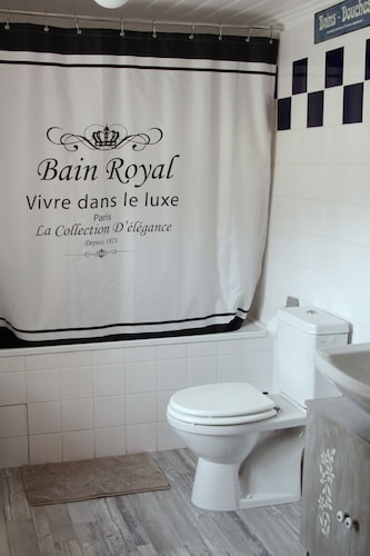Chez Marraine, Cantal