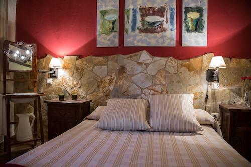 . Casa Rural La Fonda del Castillo